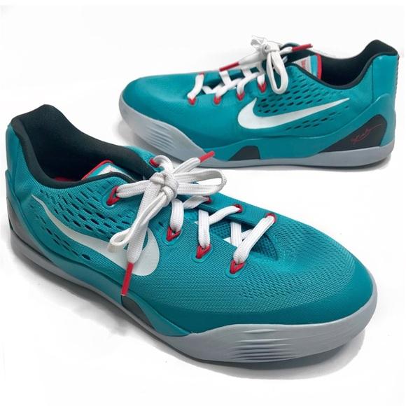 f34a929340ed Kobe Bryant• Black Mamba Blue Sneakers Size 6
